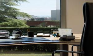 Seguro de consultas oficinas y despachos for Oficina liberty seguros